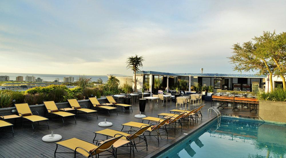 zenith-pool-lounge.jpg