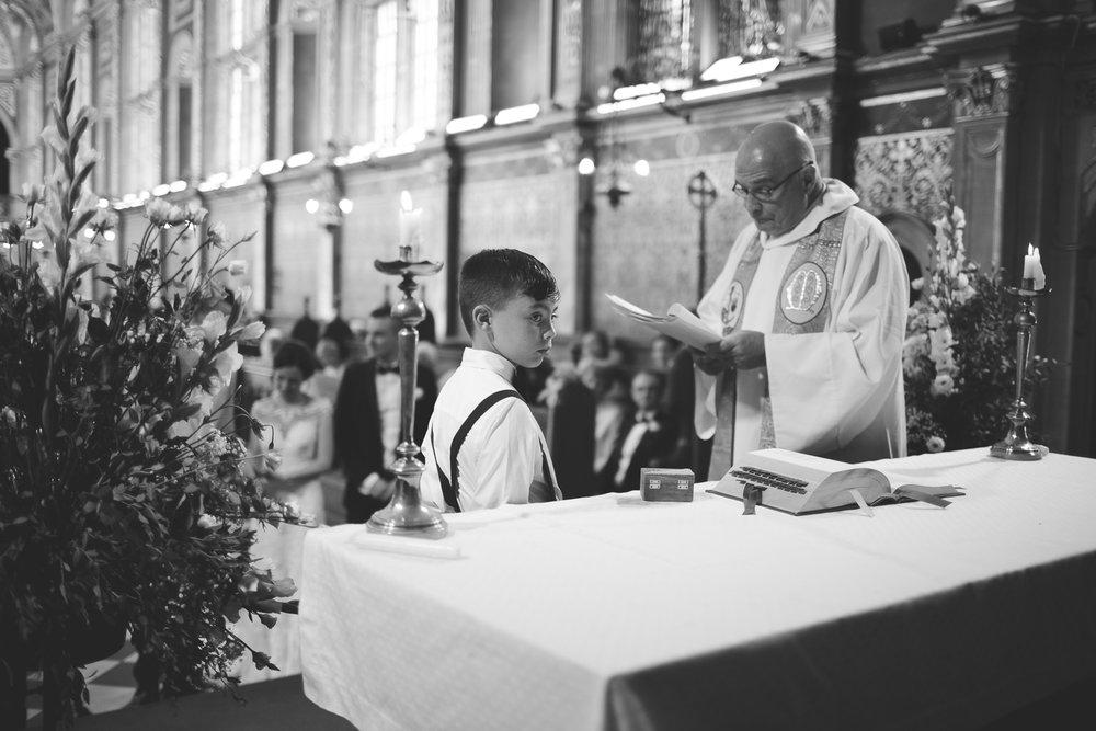 Surrey Wedding Photography Nicky Adam035.jpg