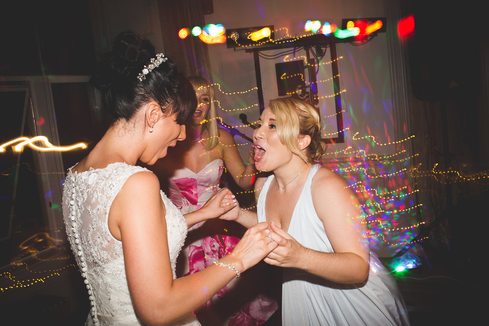 Surrey Wedding Photographer Hannah Dan155.jpg