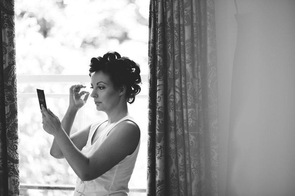 Surrey Wedding Photographer Hedingham Castle016.jpg