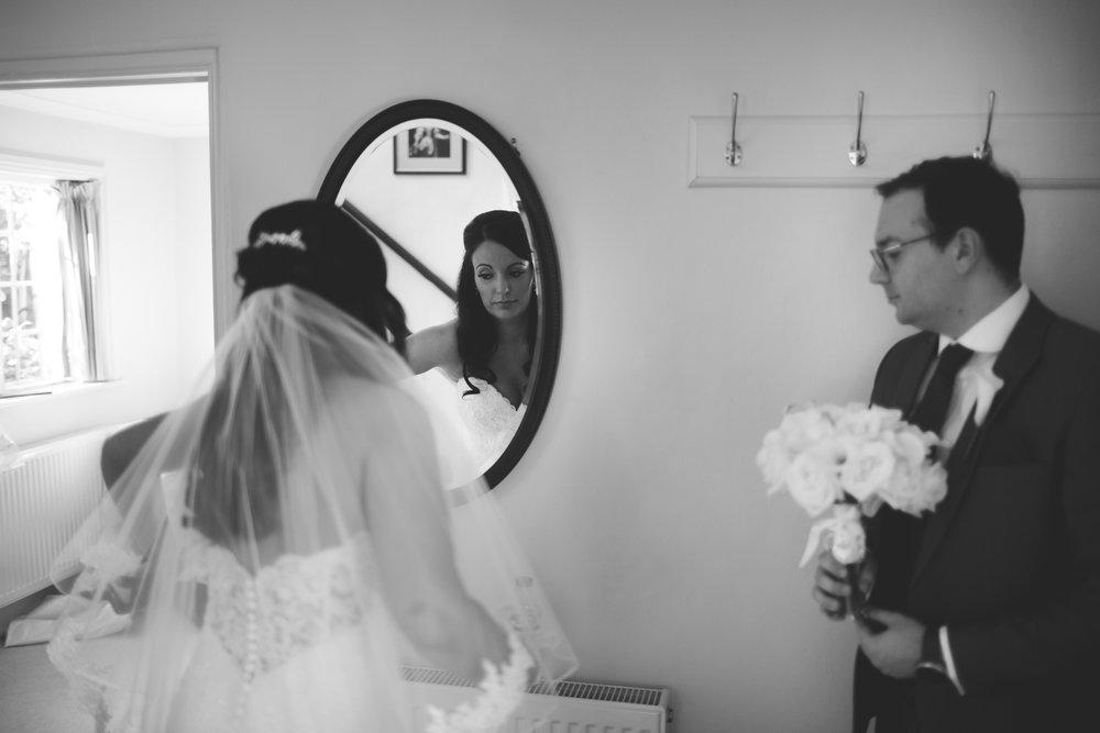 Surrey Wedding Photographer Hedingham Castle032.jpg
