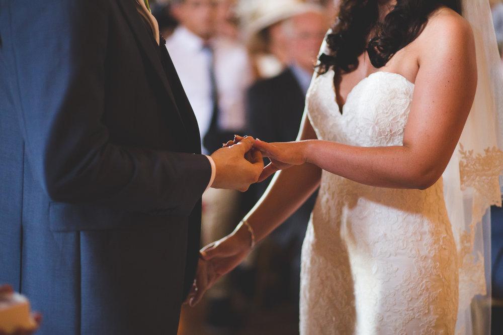 Surrey Wedding Photographer Hedingham Castle046.jpg