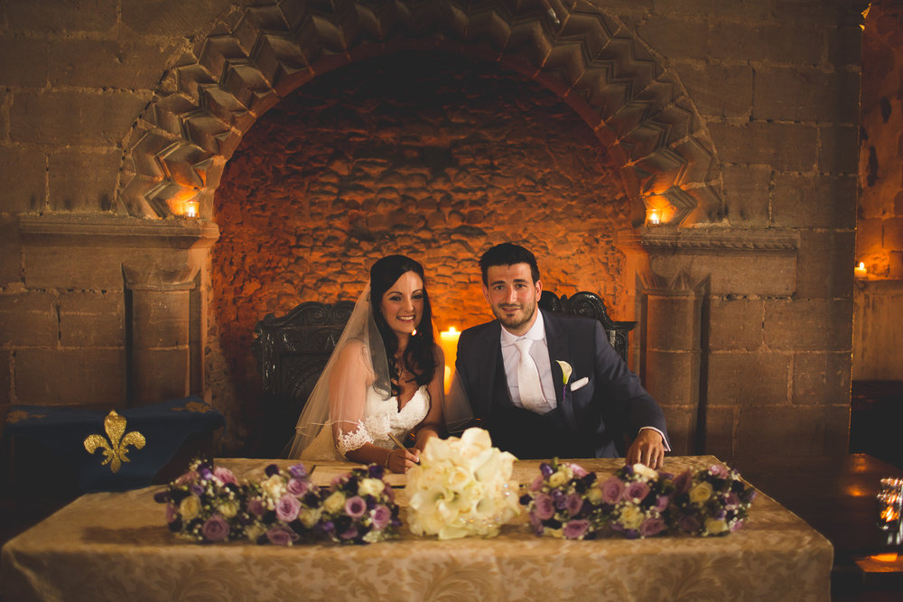 Surrey Wedding Photographer Hedingham Castle052.jpg