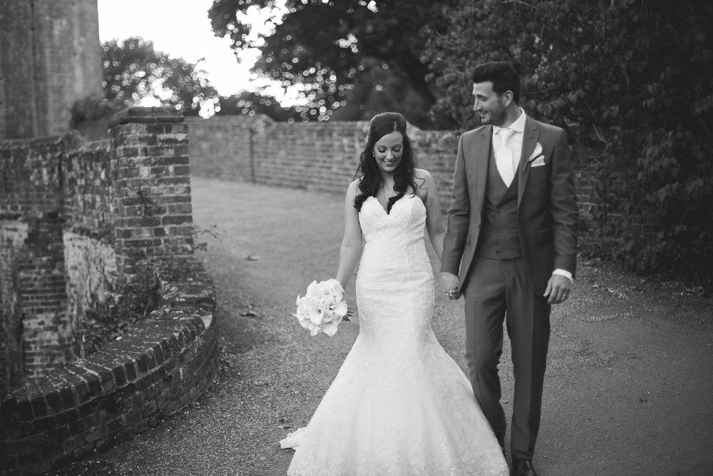 Surrey Wedding Photographer Hedingham Castle094.jpg