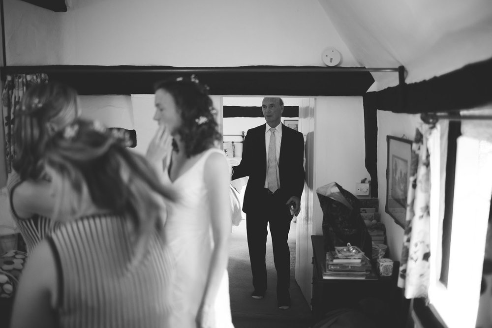 Hendall Manor Barn Wedding Surrey Photographer012.jpg
