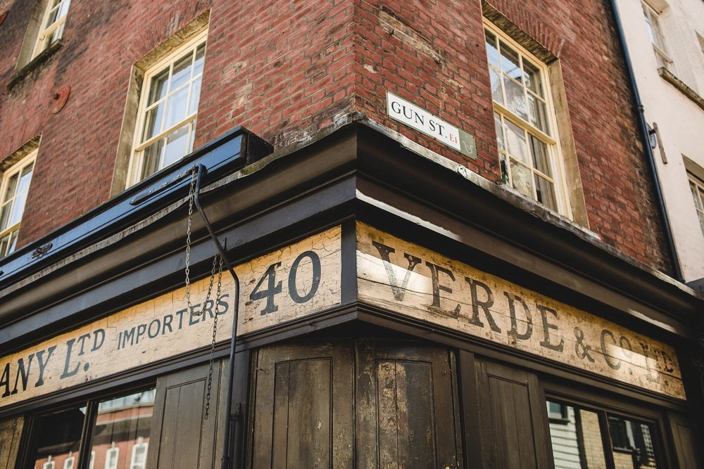 London Wedding Photography Spitalfields Market Shoreditch Engagement004.jpg
