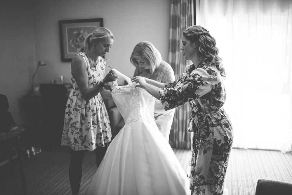 Royal Holloway Wedding Kit Myers Photography Jo Paul019.jpg