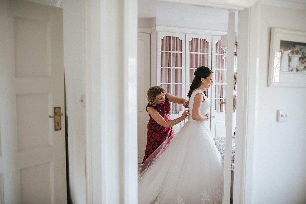 Surrey Wedding Photographer028.jpg