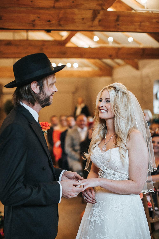 Pangdean Barn Wedding030.jpg