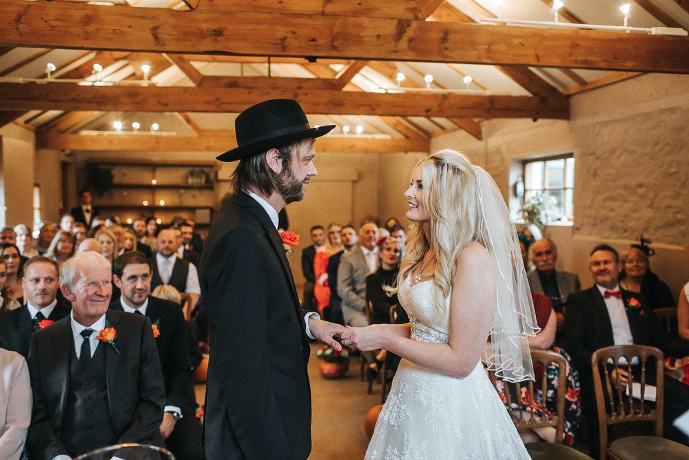 Pangdean Barn Wedding031.jpg