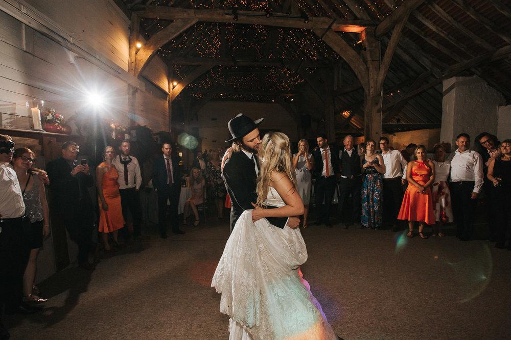 Pangdean Barn Wedding072.jpg