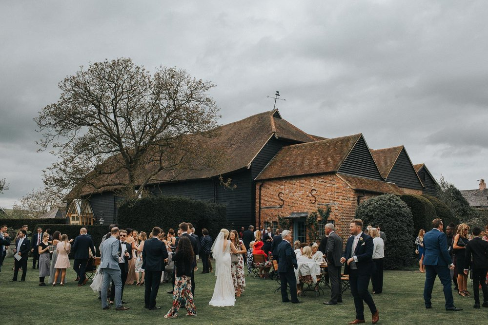 Surrey Wedding Photographer018.jpg