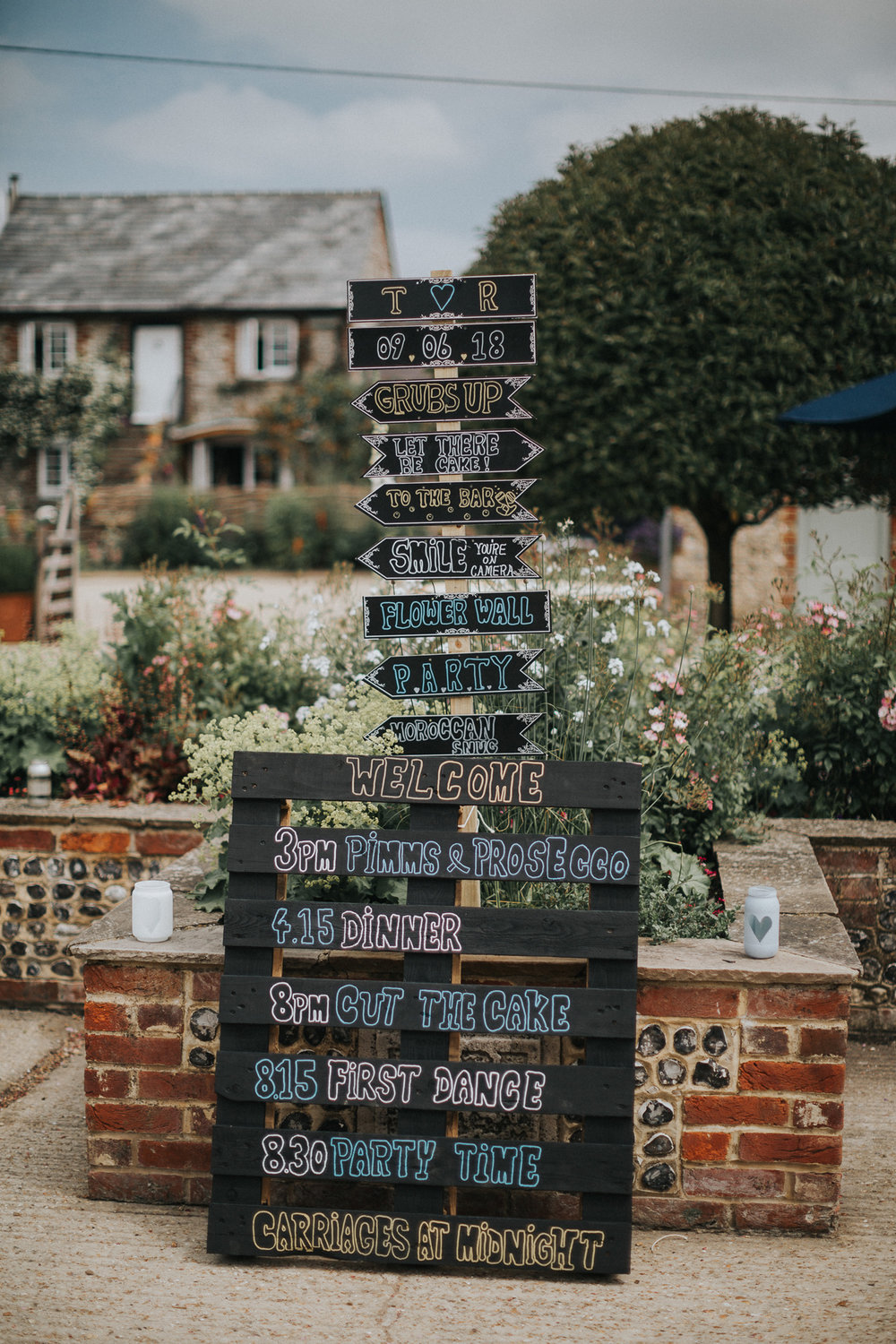 Upwaltham Barns Wedding005.jpg