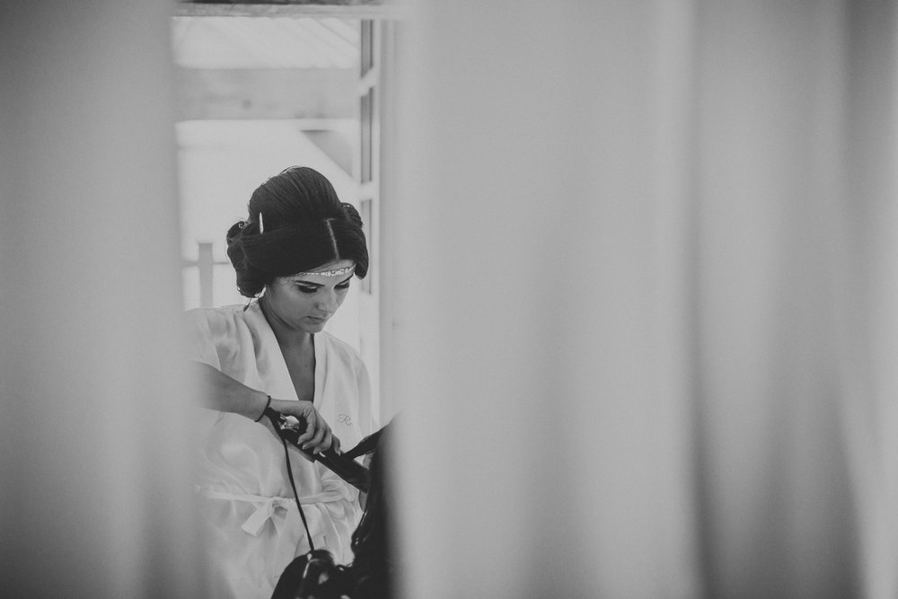Upwaltham Barns Wedding011.jpg