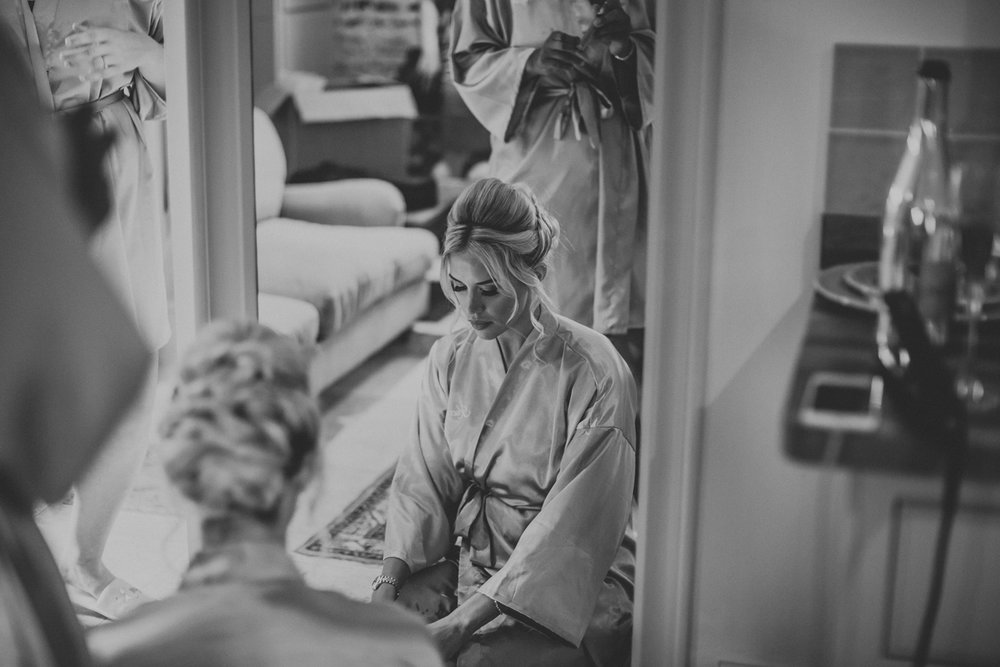 Upwaltham Barns Wedding019.jpg