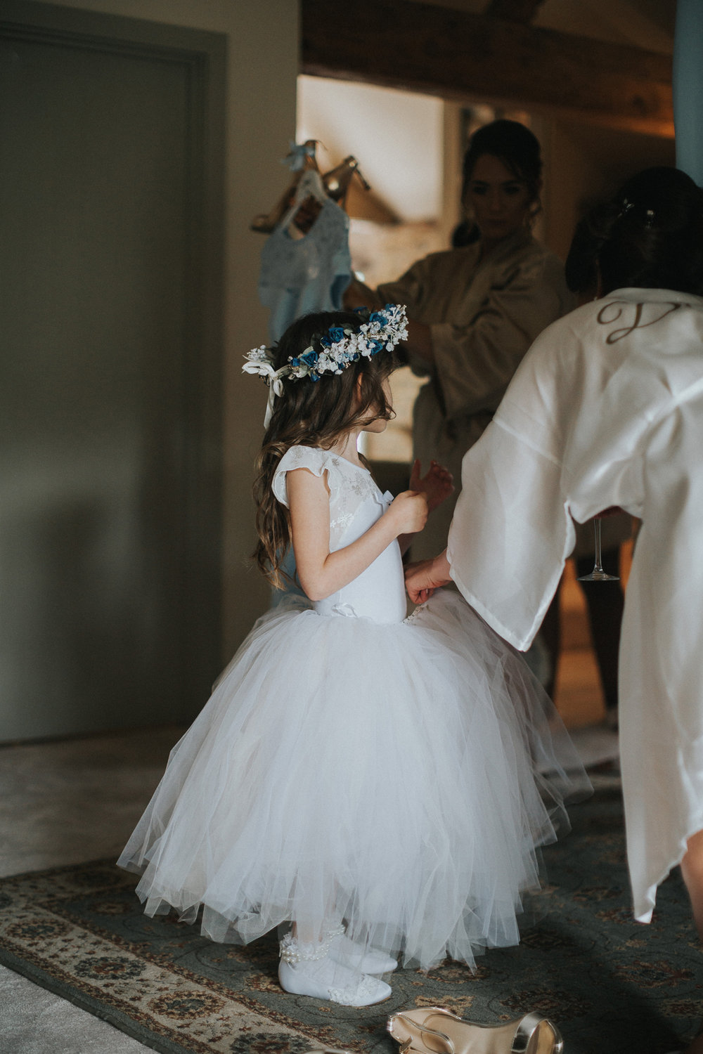 Upwaltham Barns Wedding021.jpg