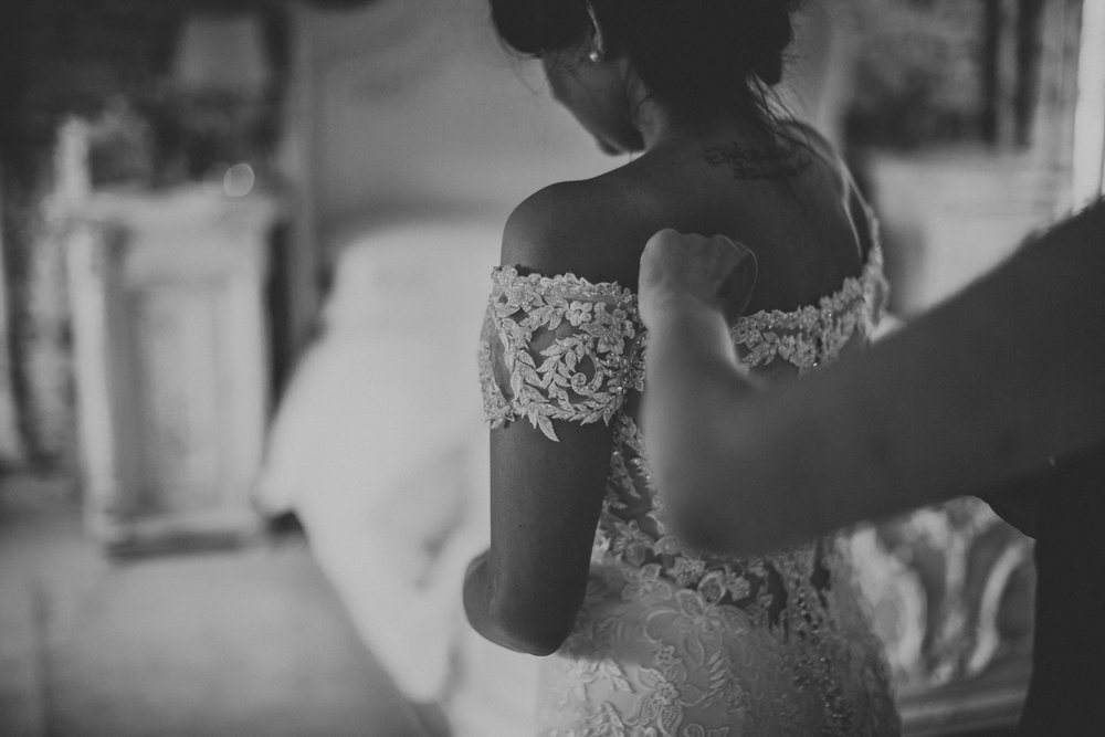 Upwaltham Barns Wedding030.jpg