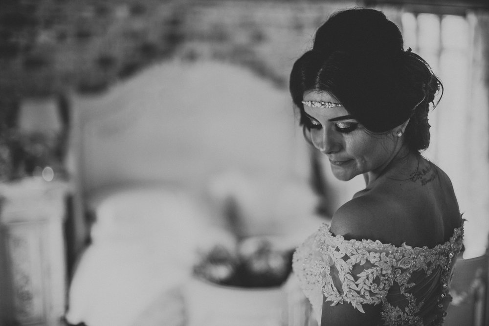 Upwaltham Barns Wedding034.jpg