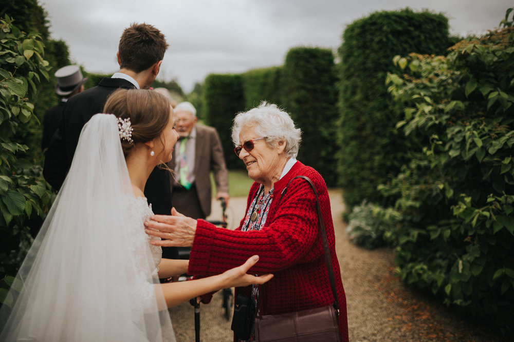 Loseley Park Wedding110.jpg