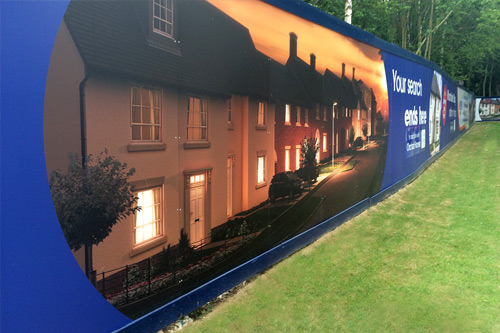 OUTDOOR PRINT Large format print with litho quality. Weatherproof, backlit posters & hoardings.