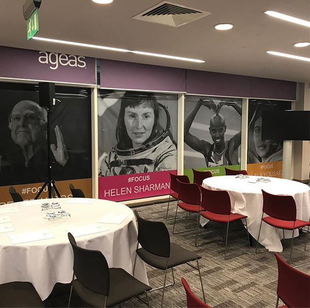 Turning windows into motivation with contravision prints. Only at the ageas! #focus #largeformatprinting #contravisionprint