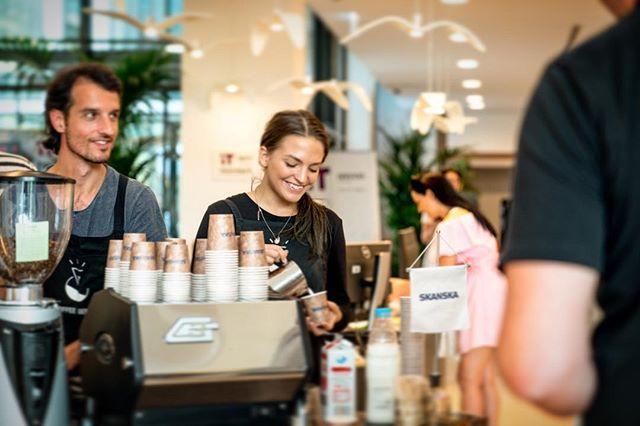 #happybaristas #millpark #skanska  #skanskahungary #lamarzocco #gs3 #fiorenzato #cserpes #cappuccino #espresso #coffeegenius #casinomocca