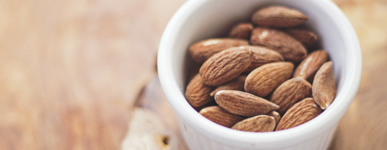 EASY WAYS TO SNACK HEALTHILY