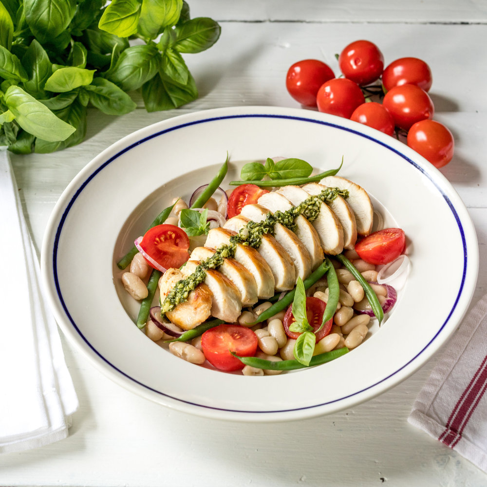 HARICOT CHICKEN - With pesto and tomatoes