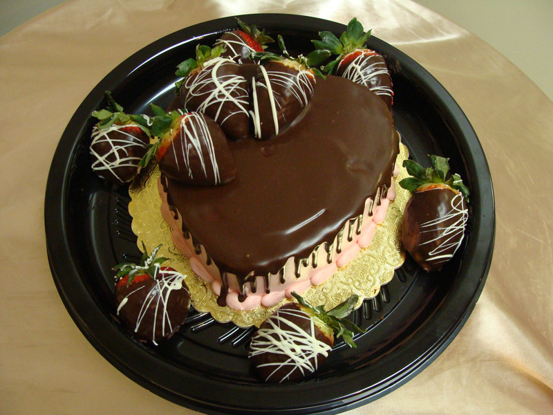 strawberry-ganache-heart-cake-and-berries.jpg