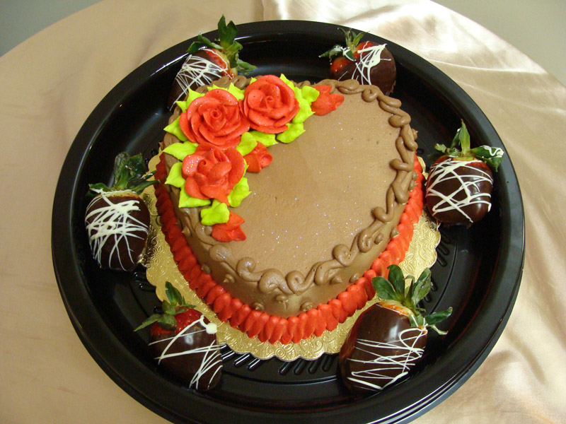 chocolate-heart-cake-and-chocolate-dipped-strawberries.jpg