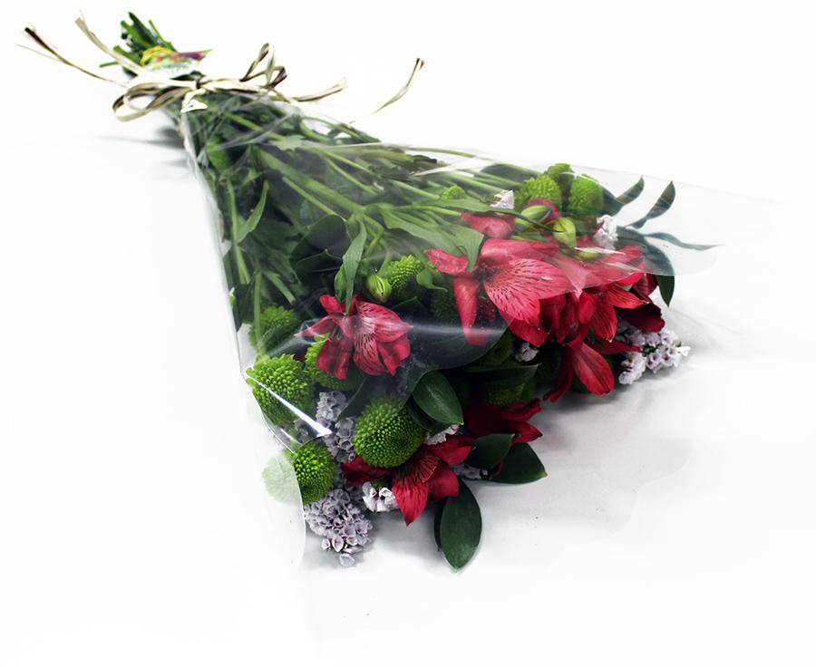 Buquê Amorize Atitude - Buquê composto por 5 hastes de alstroemerias, 3 botões de rosas, 4 hastes de ruscus e 3 hastes de áster