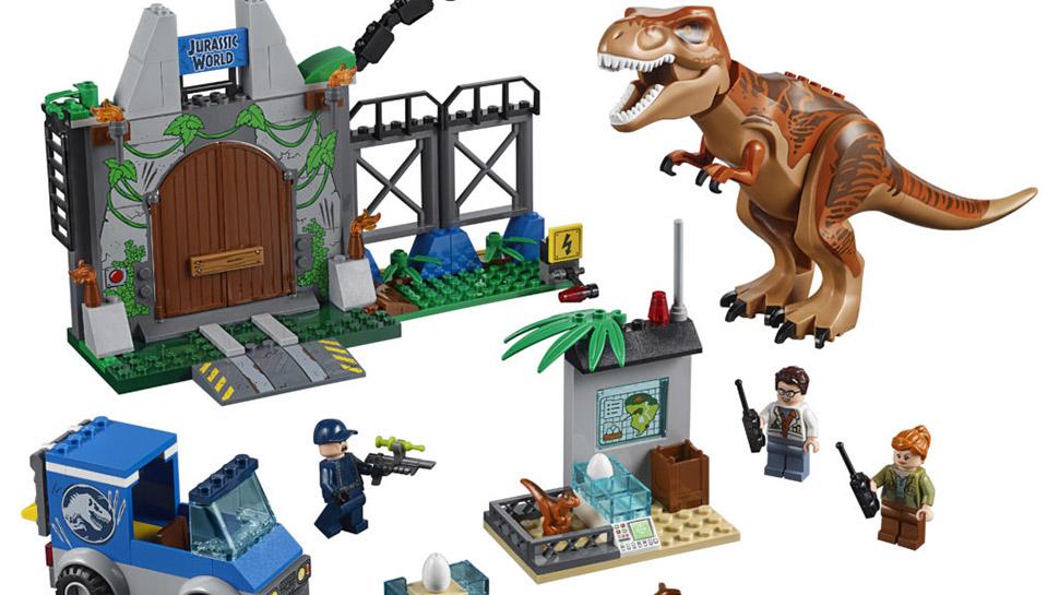 Jurassic-World-LEGO-Featured-021818.jpg