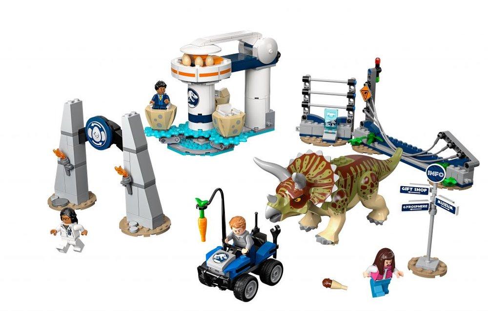 LEGO-Jurassic-World-75937-Triceratops-Rampage-1024x653.jpg