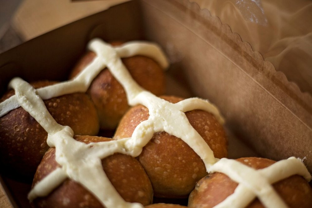 Hot Cross Buns (April)