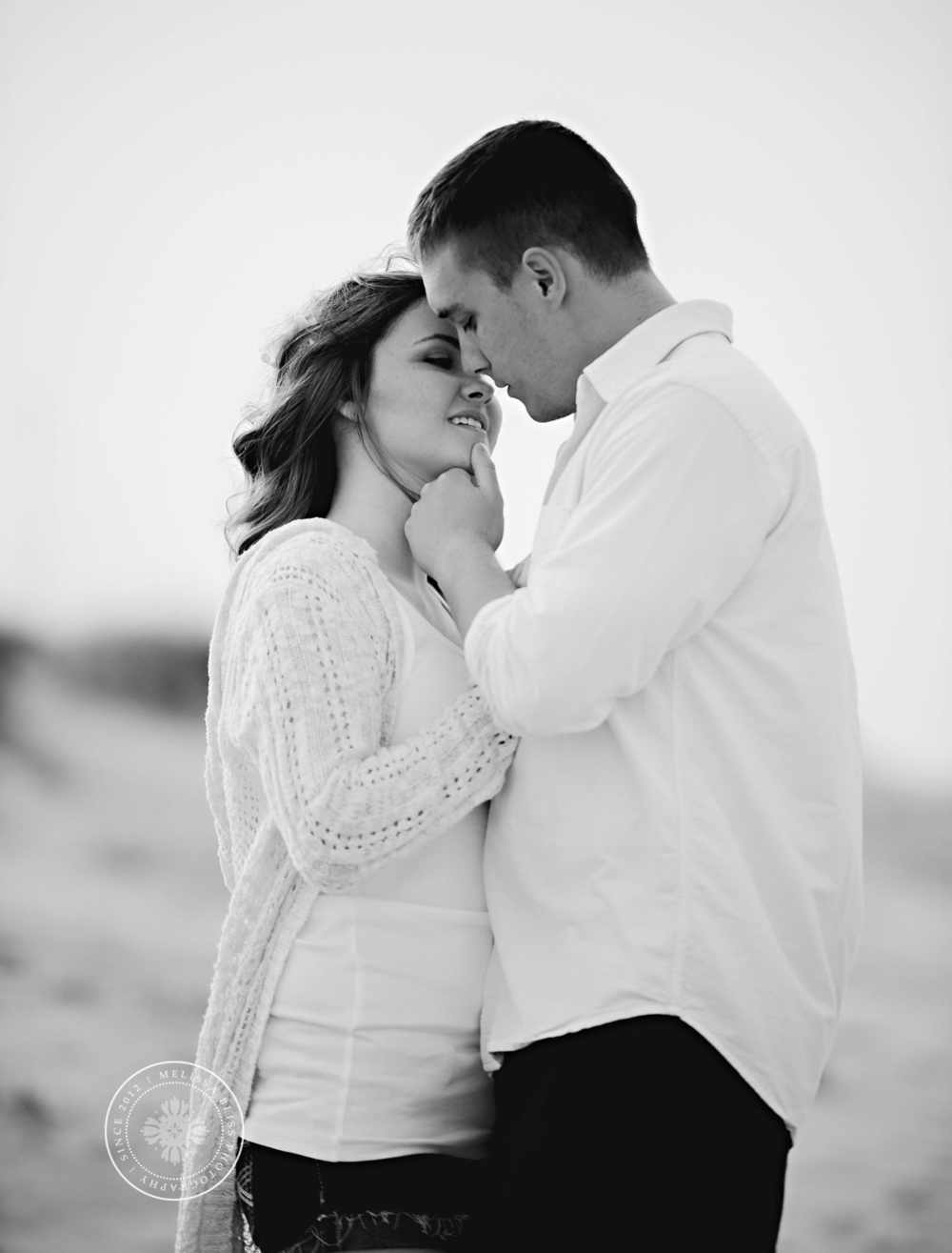 melissa-bliss-photography-norfolk-virginia-beach-wedding-photographer-beach-engagement-session-couples-portraits.png