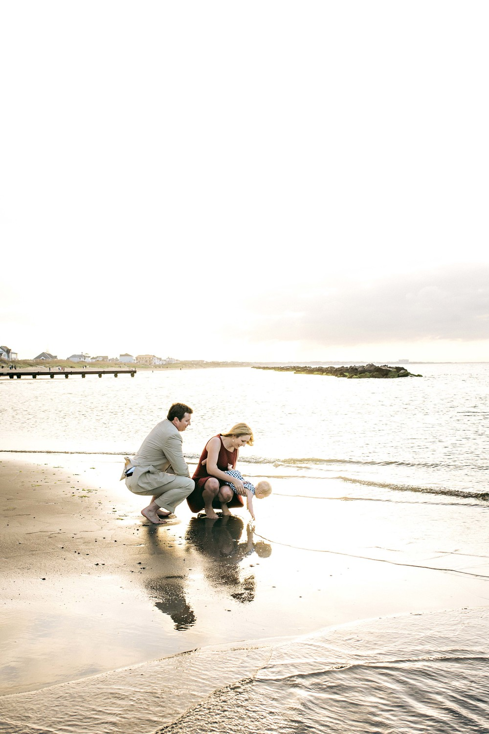 melissa-bliss-photography-family-beach-session-east-beach-norfolk-virginia-beach-photographers