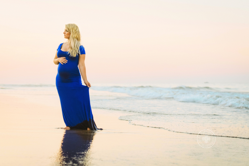 beach-maternity-session-virginia-beach-norfolk-photographers-melissa-bliss-photography-beautiful-sunset-maternity-session-seaside.jpg
