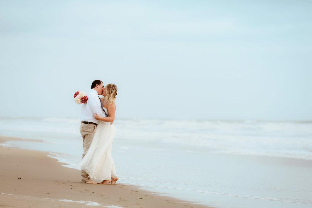melissa-bliss-photography-elopement-photographer-virginia-beach-norfolk-williamsburg-va-wedding-engagement-photographers-hampton-roads-top-wedding-pros.jpg