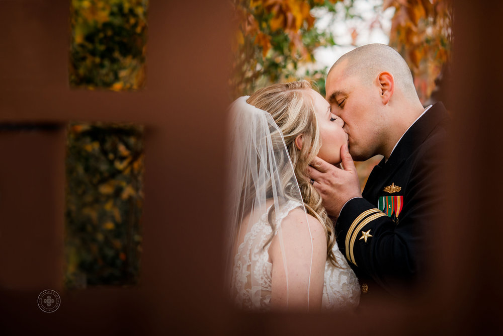 bride-and-groom-at-fall-wedding-in-hampton-roads-suffolk-wedding-venue-melissa-bliss-photography-wedding-photos