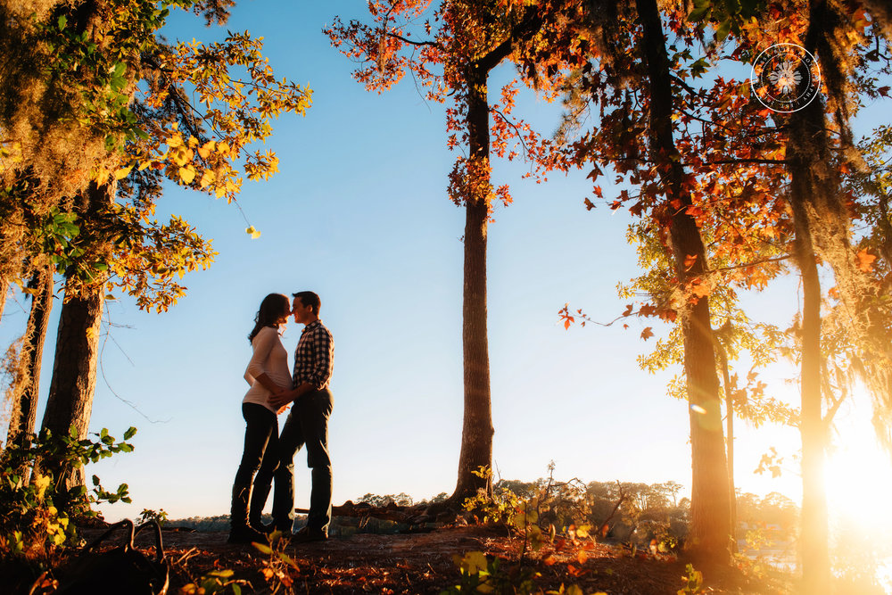 beautiful-maternity-portrait-mom-and-dad-fall-trees-at-sunset-norfolk-va