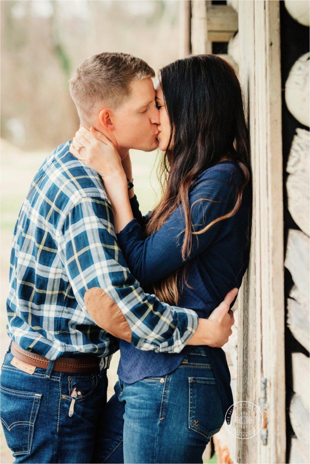 norfolk-engagement-photographer-rustic-engagement-session-in-smithfield-va-romantic-couple