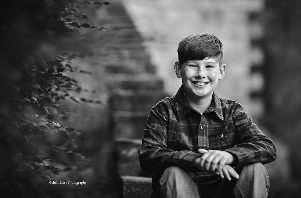 child-portrait-boy-at-fort-monroe-melissa-bliss-photography-norfolk-williamsburg-chesapeake-child-photographer.jpg