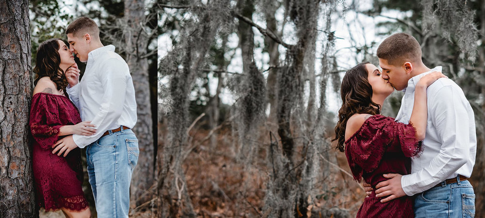 rustic-woodsy-engagement-photos-spanish-moss-at-first-landing-virginia-beach-melissa-bliss-photography.jpg