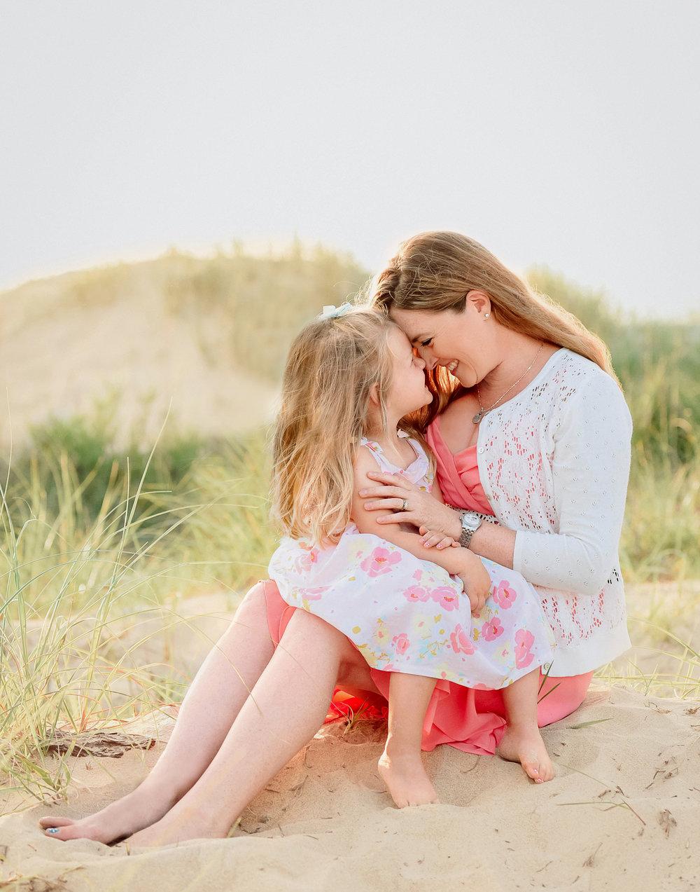 family-beach-session-tips-virginia-beach-family-lifestyle-photographer-melissa-bliss-photography-sandbridge-photo-session.jpg