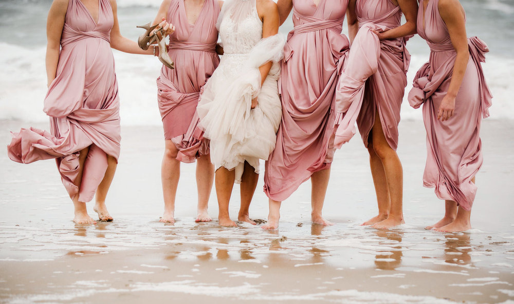 melissa-bliss-photography-weddings-bridal-party-beach-photos-virginia-beach.jpg