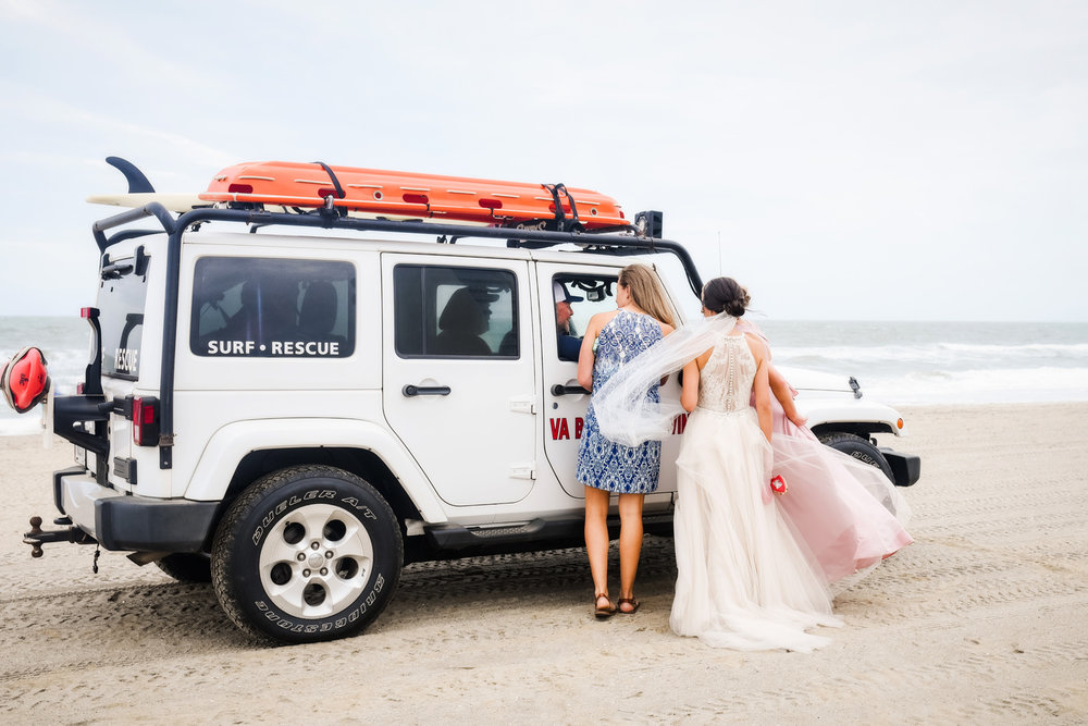 bride-on-the-beach-virginia-wedding-photographer-melissa-bliss-photography.jpg