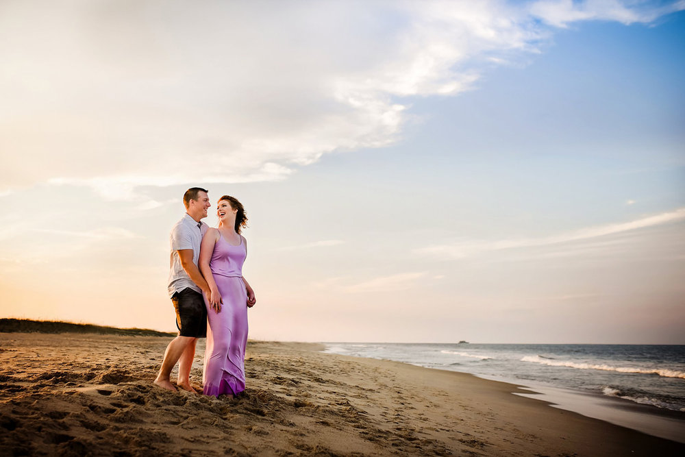 sunset-virginia-beach-engagement-photos-melissa-bliss-photography.jpg