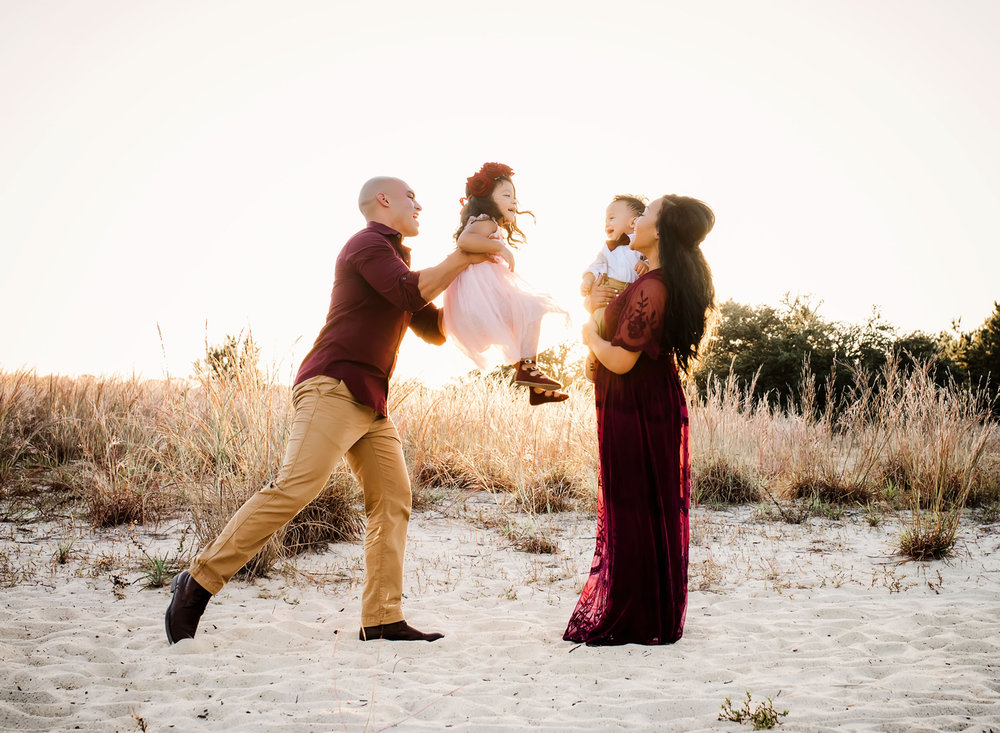 virignia-beach-family-photos-pleasure-house-point-photoshoot-melissa-bliss-photography.jpg