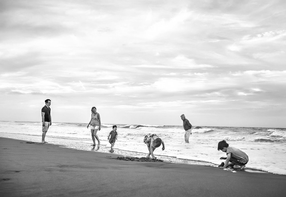 documentary-family-beach-vacation-photos-melissa-bliss-photography-virginia-beach-va.jpg