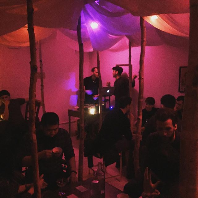 It's a full house at Good Times! #deeplistening #GTATM #GoodTimesatTheMist #house #dj